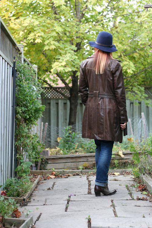 Danier brown leather coat