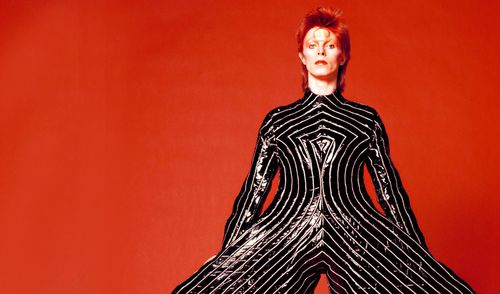 David-Bowie-exhibition-black and white