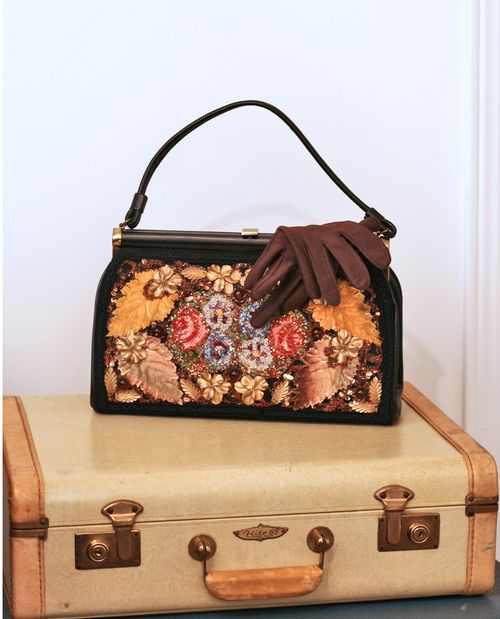 Vintage handbag and gloves