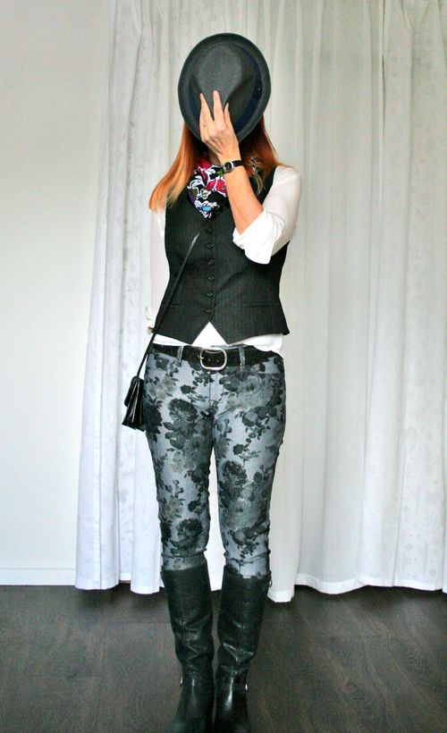 Floral style how to wear floral jeans suzanne carillo