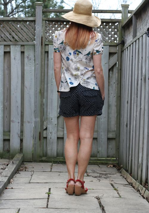 Dorothy Perkins bird blouse anthropologie polkadot short