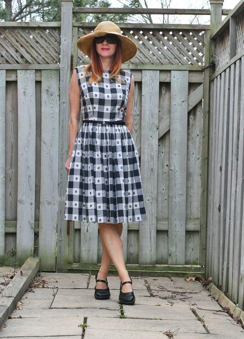1950s vintage black and white gingham dress