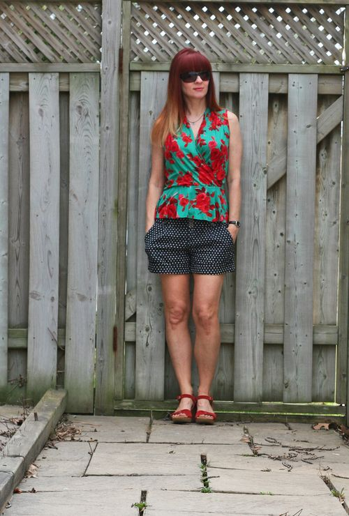 Easy summer outfit for vacationing