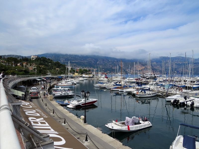 Cap ferrat france port suzanne carillo style files