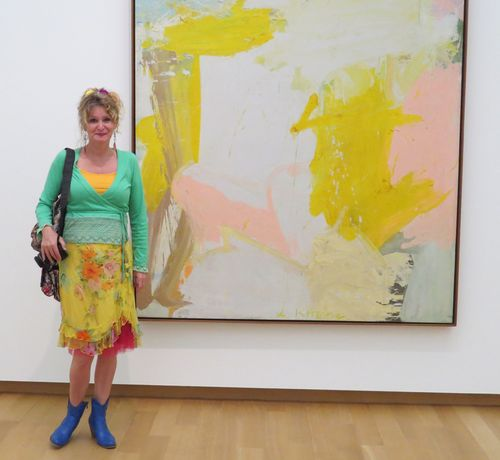 Anja by modern art curly traveller suzanne carillo style files match your outfit to a painting