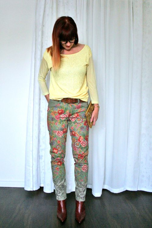 How to wear sequins during the day Spring outfit floral jeans yellow sequin top suzanne carillo