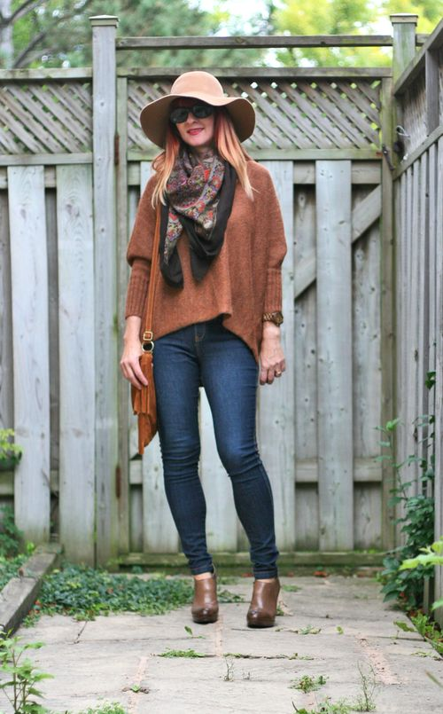 How to style an oversized sweater suzanne carillo