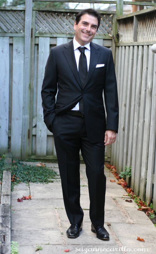 How to rock a fitted black suit and tie great classic men's style jazz night style