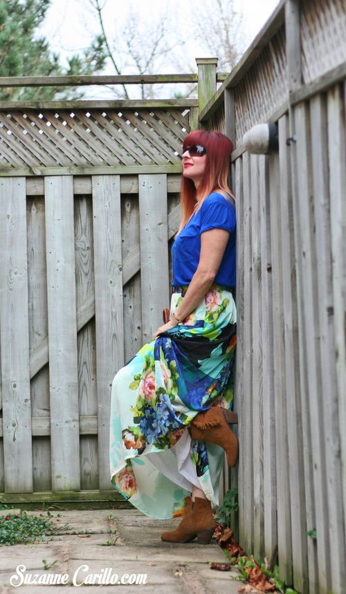 how to wear bold printed maxi skirt Anthropologie maxi skirt how to wear a maxi skirt with boots