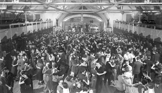 800px-Olympic_Gardens_Dance_Hall,_Hunter_Street,_Halifax,_Nova_Scotia,_Canada,_ca-1._1948