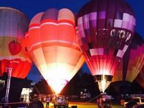 A balloon show