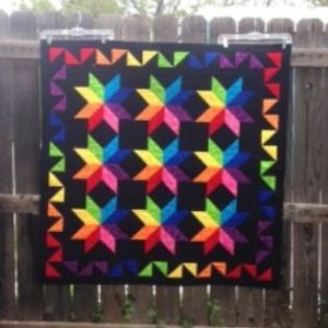 Raubow Stars Quilt Kit Black