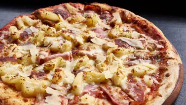 Crave Pizza Tropical