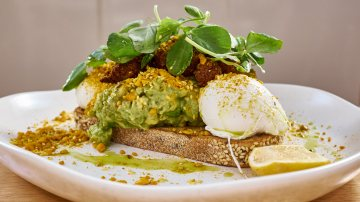 Smashed Avocado Sir Charles Fitzroy