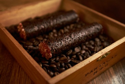 Chocolate and Sesame Cigars - Onda