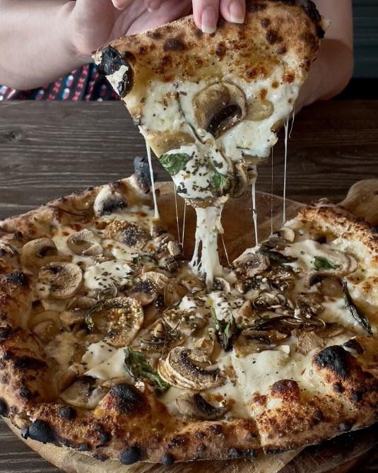 Bianco Pizza - Cugini's Fitzroy