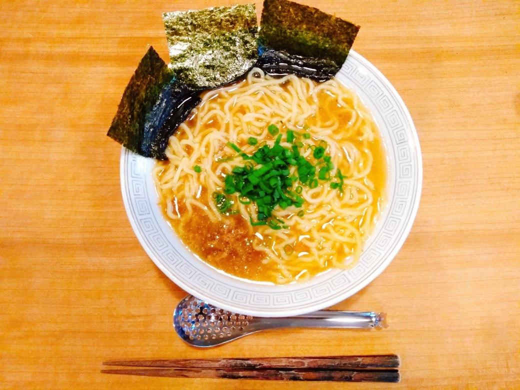 普通にうまい一食¥100無化調ラーメン【挽肉100gで4食分作り置きレシピ】記事のアイキャッチ画像