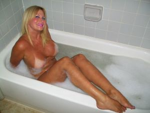 South Florida Escort | Miami-Fort Lauderdale | Sexy Blonde MILF - Upscale Private Incale - Cougar - Doggy Style
