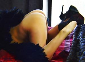 South Florida Escort | Miami-Fort Lauderdale | Mature Blonde - Upscale Discreet Incale - Black Lingerie - Fetish - Heels - Torture