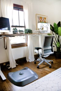 New and Improved! My Standing Desk Sewing Studio - Suzy Quilts