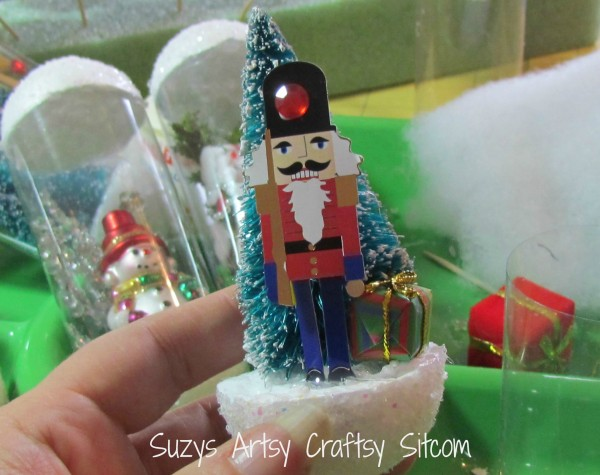 Vintage Snowglobe Ornament Tutorial