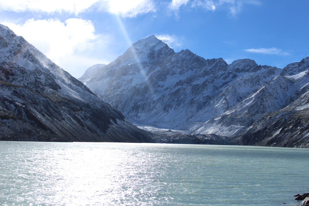 Hooker Lake, New Zealand: Short Walks in Aoraki/Mount Cook National Park - Get the best views of Aoraki/Mount Cook