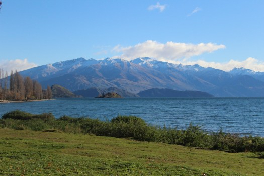 Lakw views in Cromwell - Things to do in Wanaka