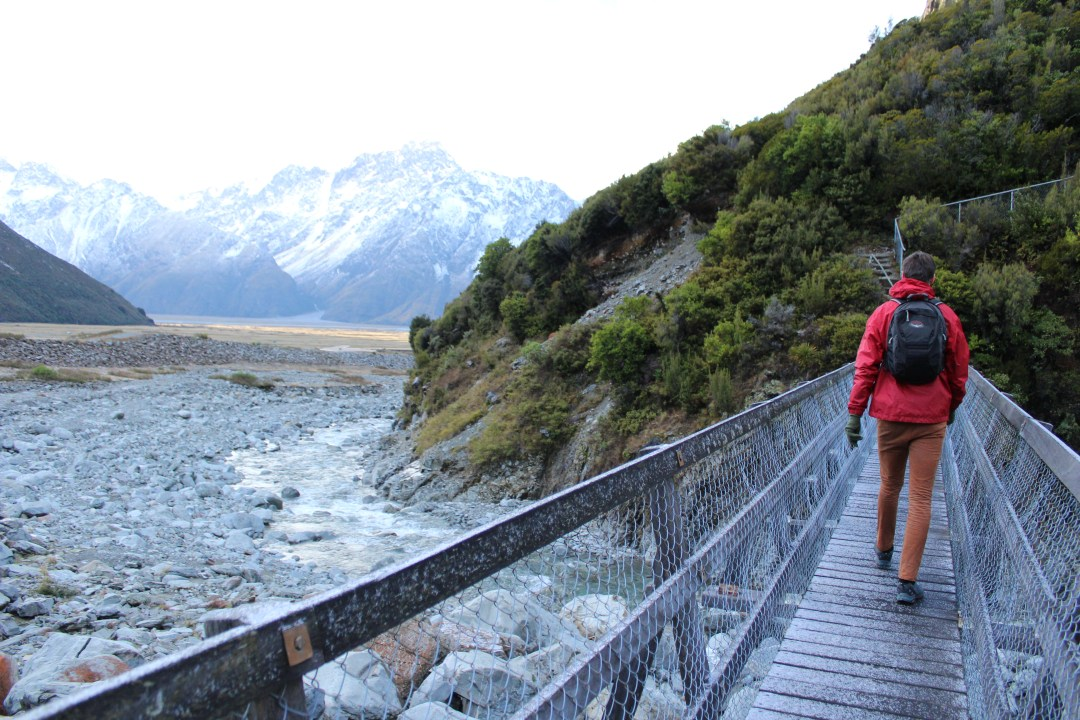 Hiking in New Zealand: Short Walks in Aoraki/Mount Cook National Park - Get the best views of Aoraki/Mount Cook