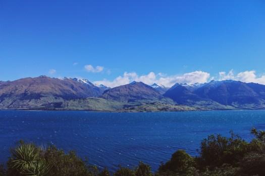 Beautiful Lakes in New Zealand - Lake Hawea in Central Otago
