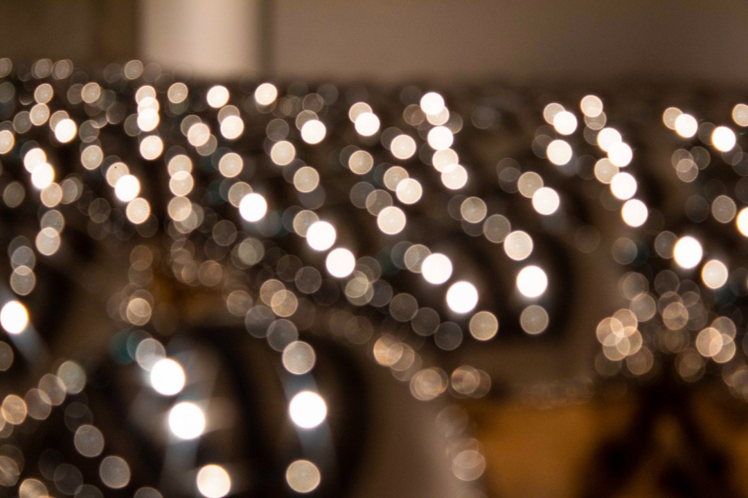Bokeh effect of silver balls with blurred light reflections
