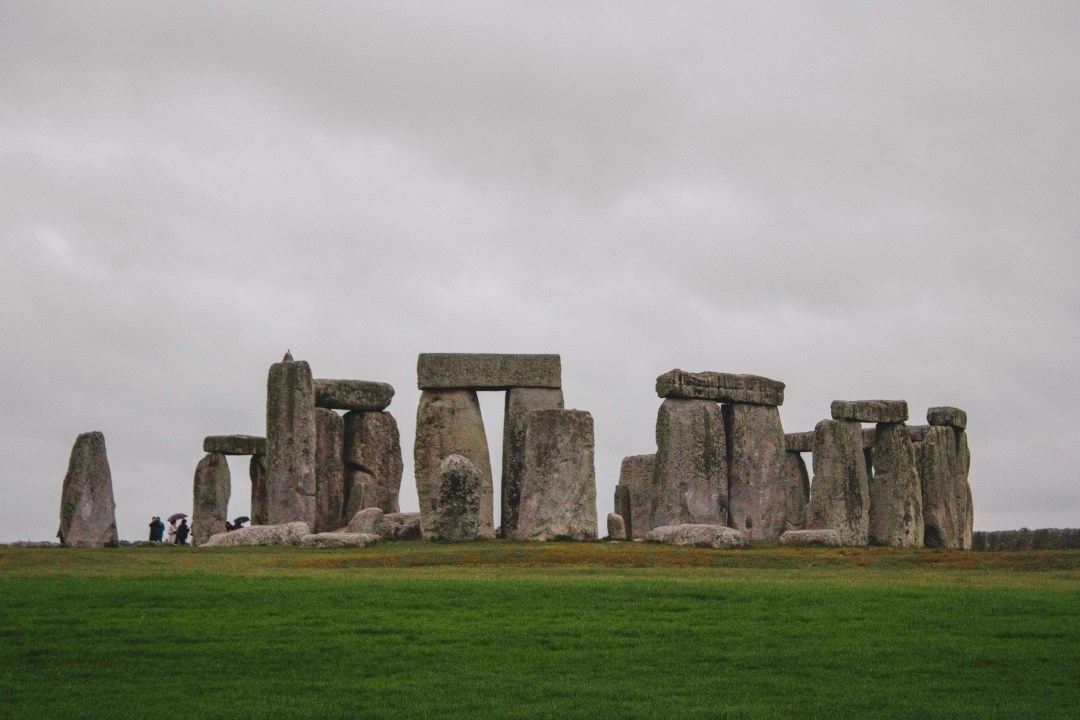 Prime view of Stonehenge-2