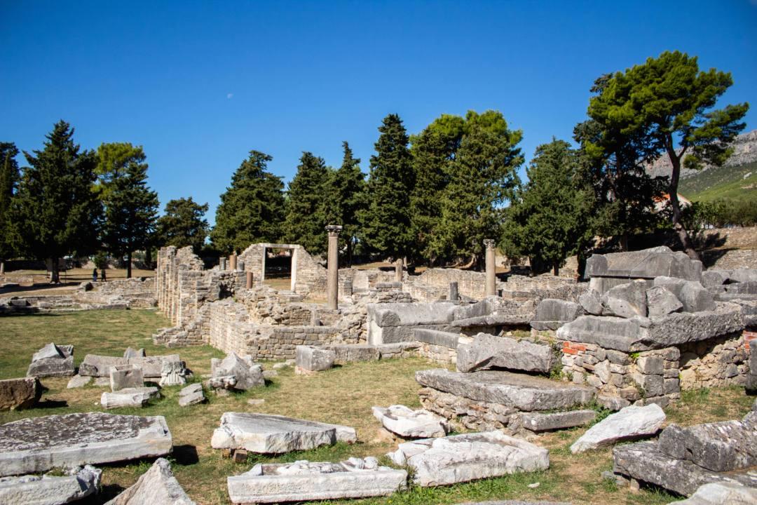 Manastirine at salona roman ruins