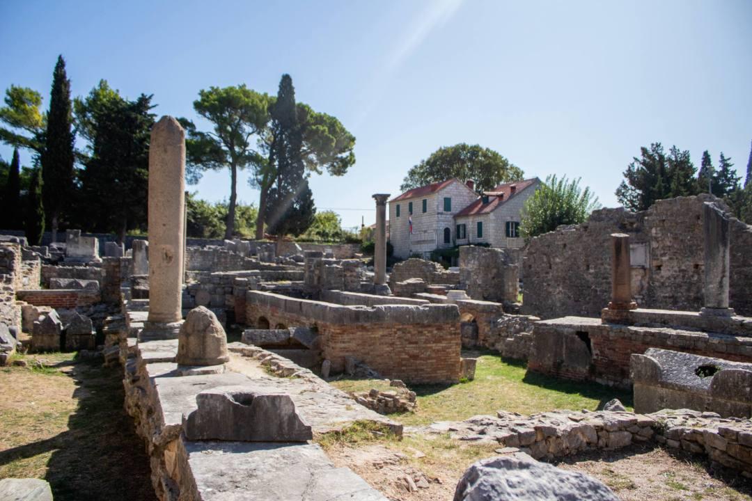 stone roman ruins croatia