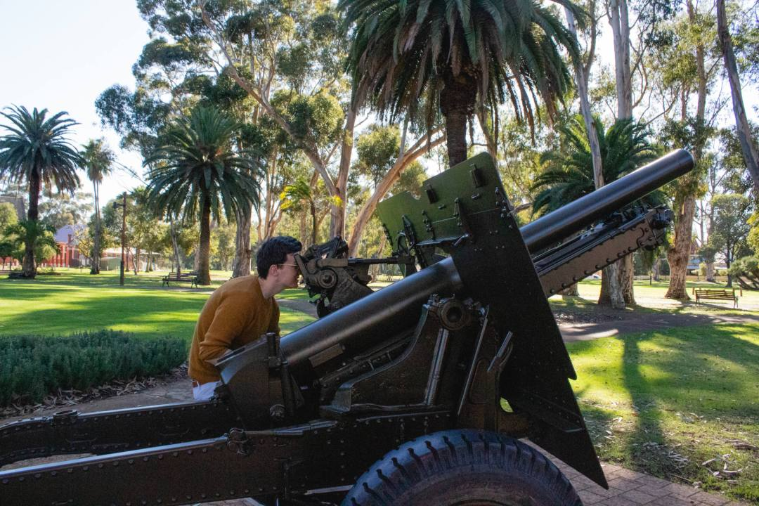historical gun in stirling square guildford