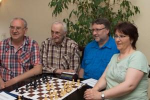 2017: Gerd in seiner schachspielenden Familie