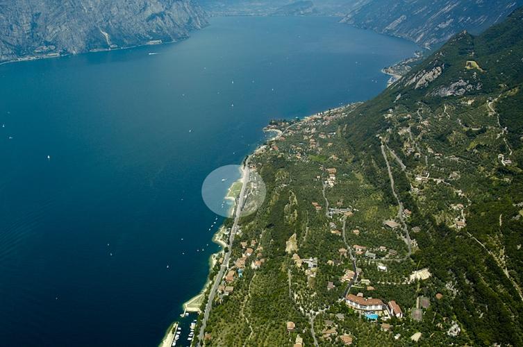 İtalya'da Bir Göl Lake Garda (32 Fotoğraf)