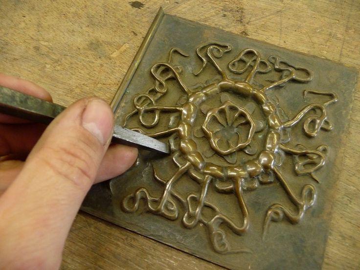 Imej yang canggih dicetak oleh alat yang berbeza