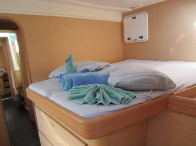 Bed in forward stateroom