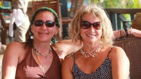 Gwyn and Leslie relaxing at Saba Rock (courtesy of www.fraserrustics.com)