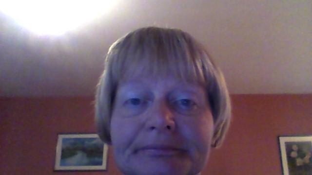 vera voyante de naissance tarologue guide spirituel et coach