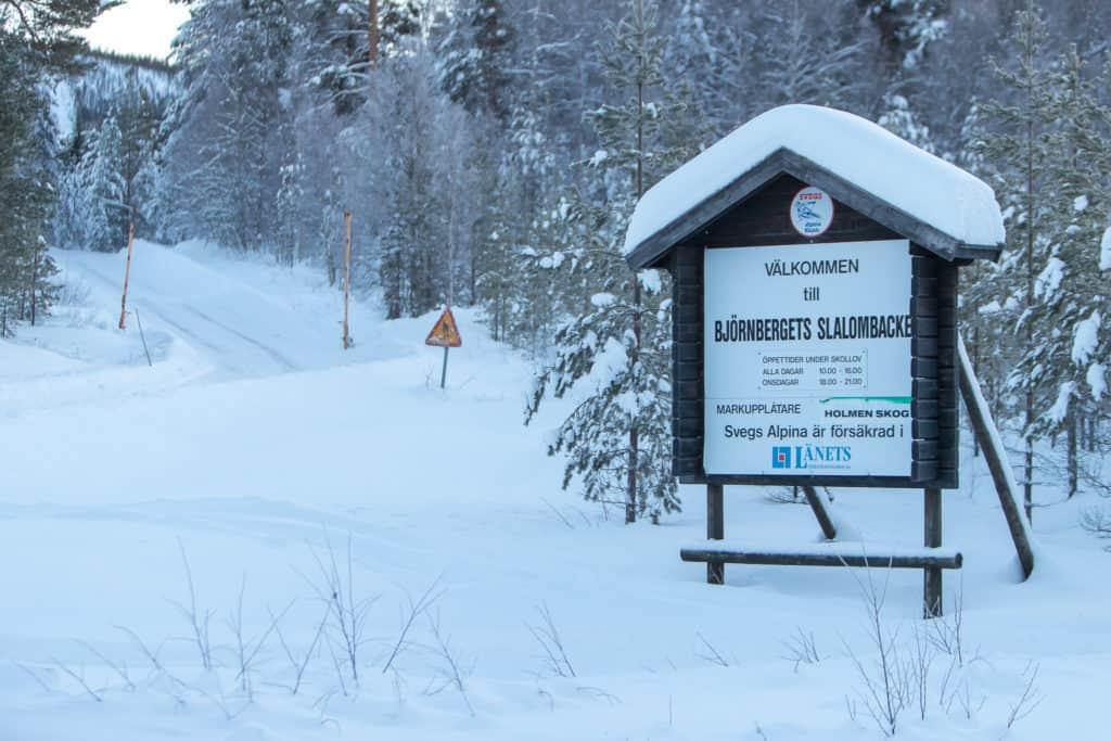 I onsdags kunde Svegs alpina skidgymnasium dra igång sina pass i hemmabacken, Björnberget. Foto: Morgan Grip