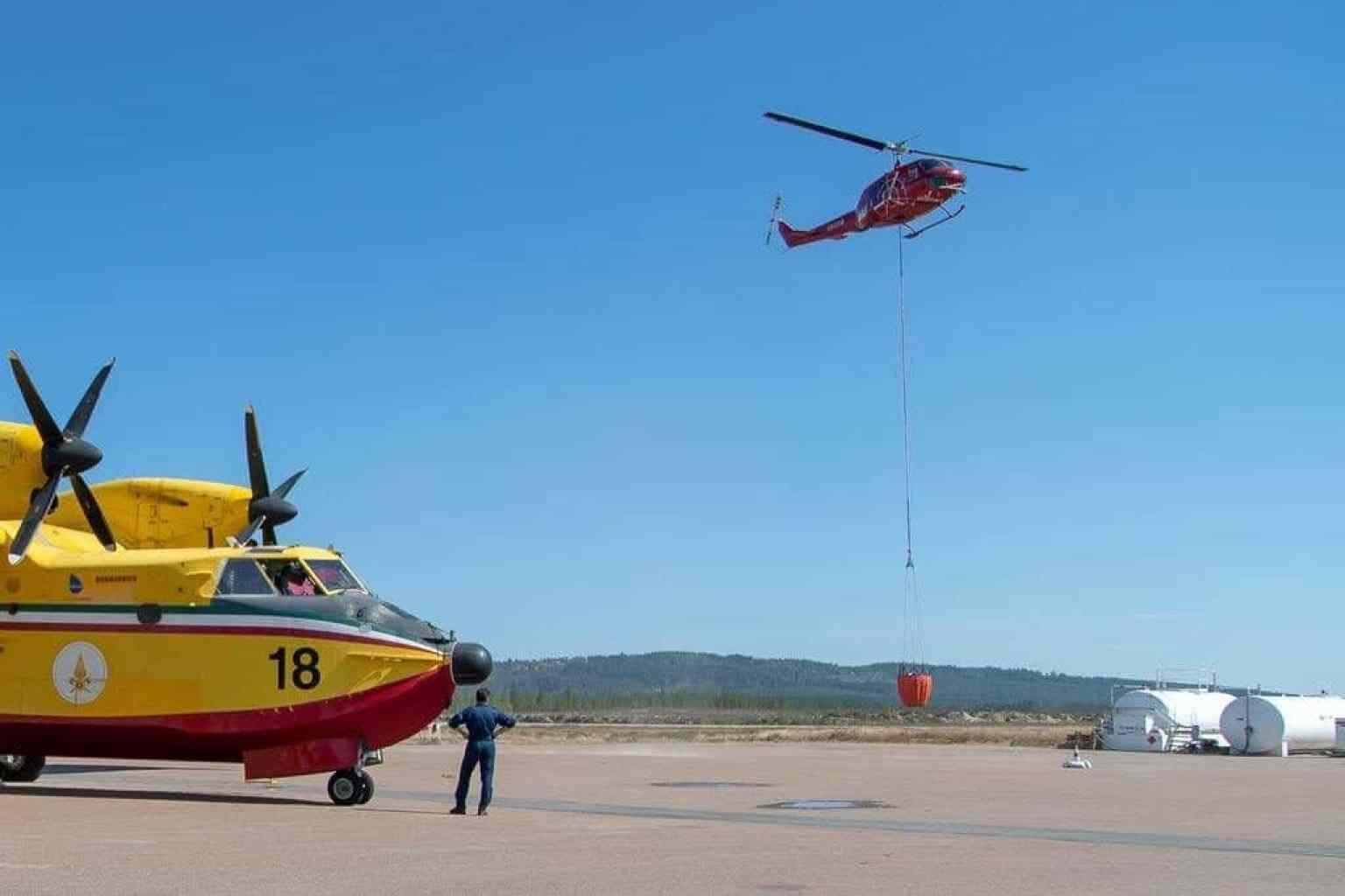 Sex brandflygplan, två italienska, två franska och två portugisiska, samt cirka 15 helikoptrar har opererat på Härjedalen Sveg Airport under den här insatsen hittills. Därutöver har man också haft ett antal helikoptrar från både försvarsmakten och polisen vid flygplatsen. Foto: Morgan Grip