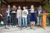 Elever som går introduktionsprogrammet vid Härjedalens gymnasium framförde några av de låtar som de använt i undervisningen, för att lära sig det svenska språket. Foto: Morgan Grip