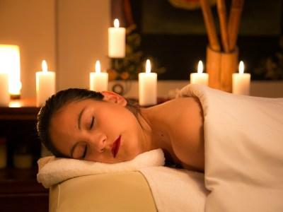 Apykaklės masažas padės atsikratyti kaklo ir pečių skausmų