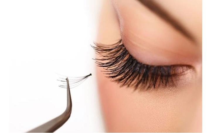 Individual Lashes  - Types of False Eyelashes