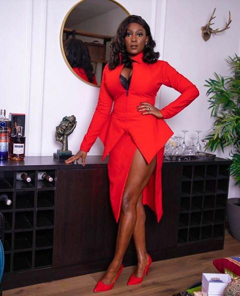 lady in red monochrome outfit - How to Mix and Match Colours in Your Outfits