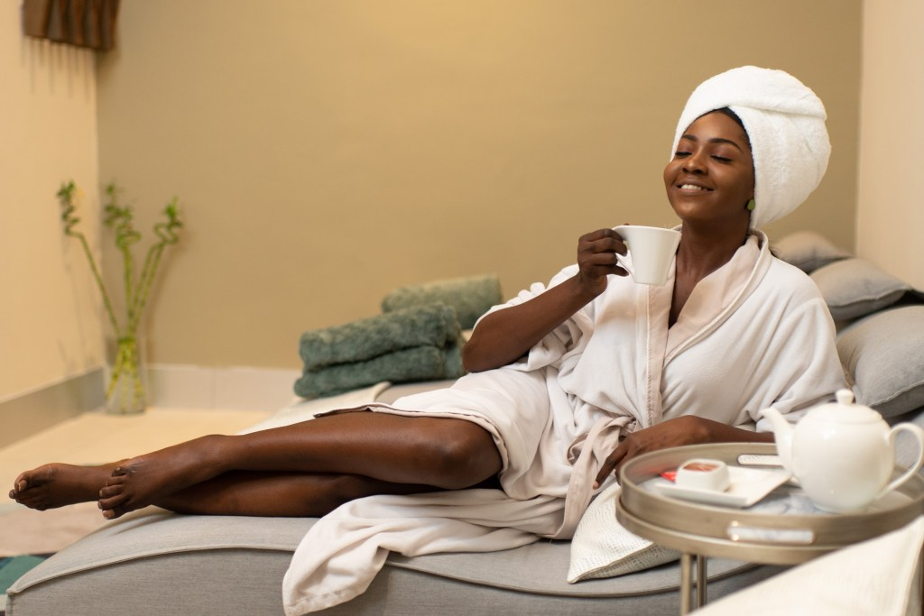 lady pampering herself at spa - 6 How to Look Beautiful Without Makeup