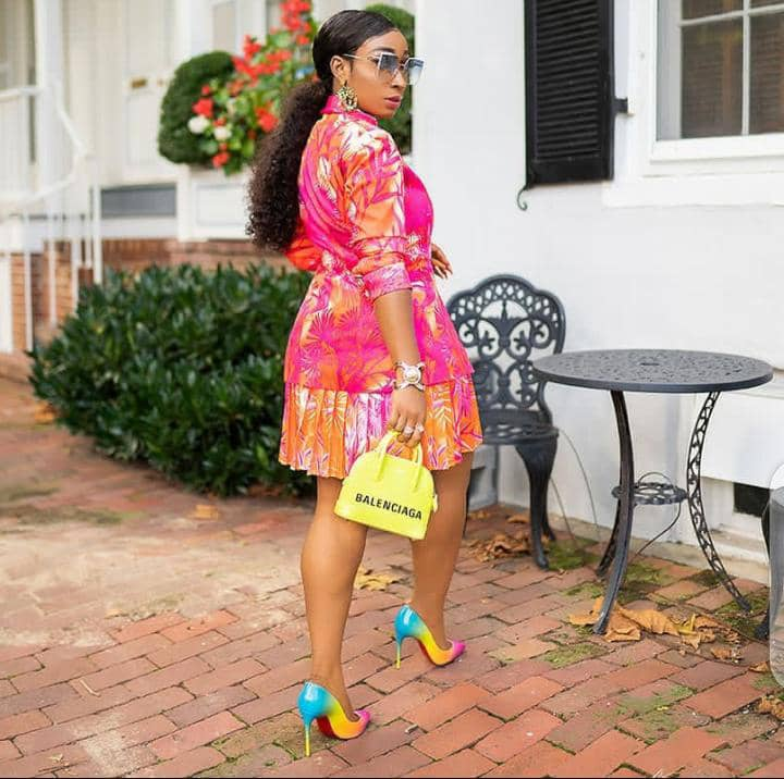 lady in colourful outfit
