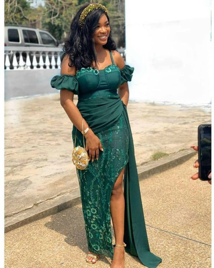 lady in a green lace outfit