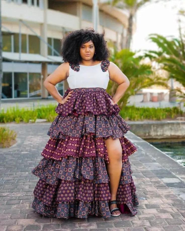 plus sized lady wearing ruffled ankara skirt